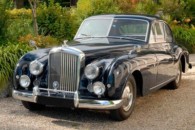 Bentley 2-door Sports Saloon by Abbott of Farnham